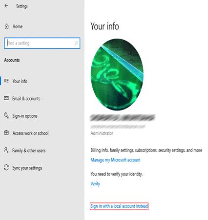 """cliquez sur l'option """"Sign in with a local account instead"""" pour supprimer le compte de Microsoft"""